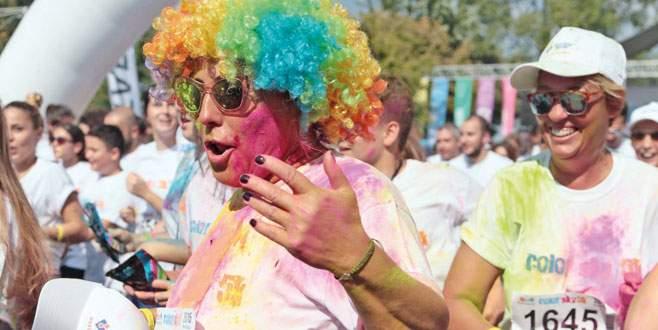 Bursa'da 'renkli' koşu