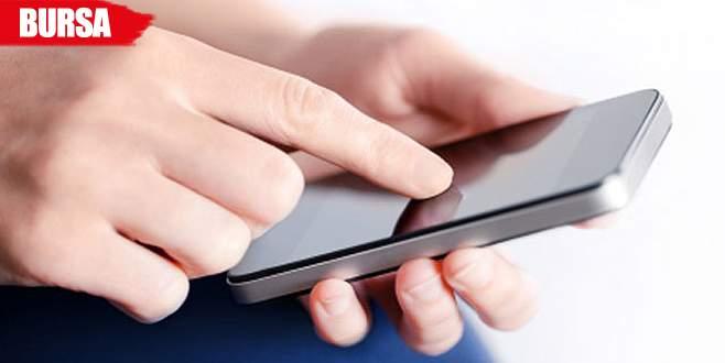 Cep telefonuna gelen mesajı okuyunca…