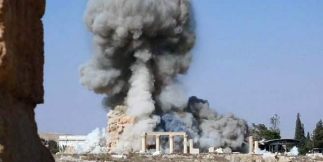 Tarihi bombalamaya devam ediyorlar