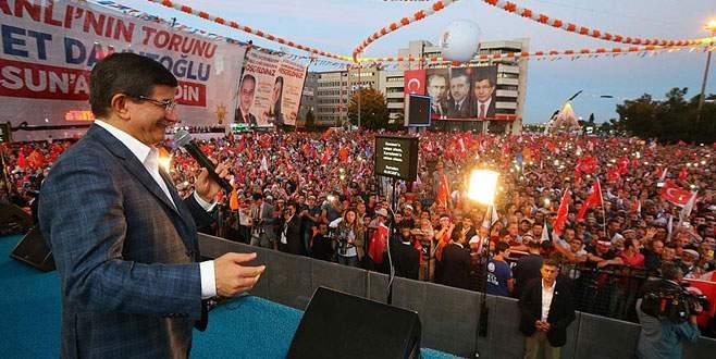 Davutoğlu'ndan Samsun'da müjde üstüne müjde!