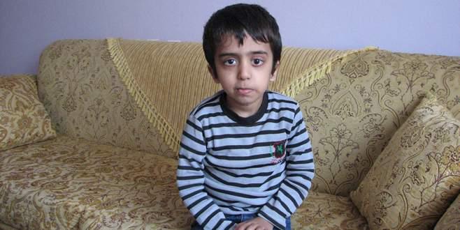 6 yaşındaki Abdullah'ın beyin tümörüyle savaşı