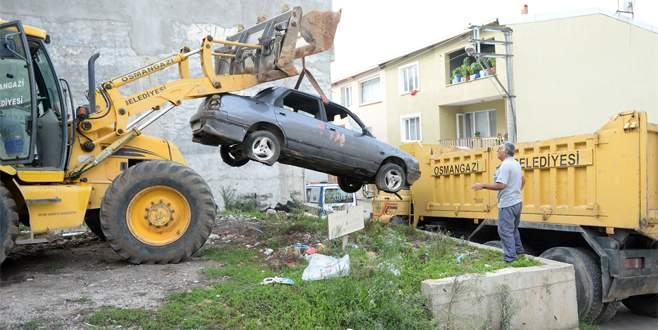 Bursa'da hurda araç temizliği