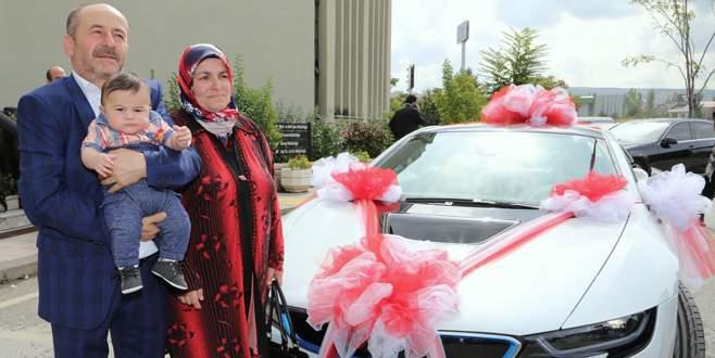 İşçi emeklisi BMW kazandı