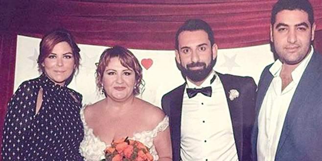'Seksenler'de düğün var