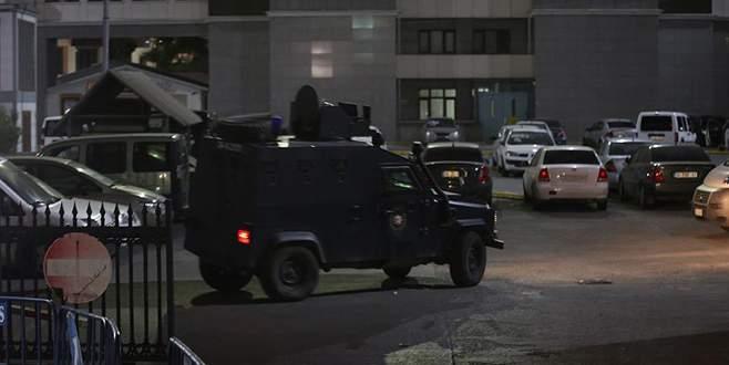Emniyet Müdürlüğü önünde keşif yapan terörist yakalandı