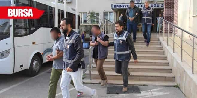 Silah kaçakçısı 3 kişi tutuklandı