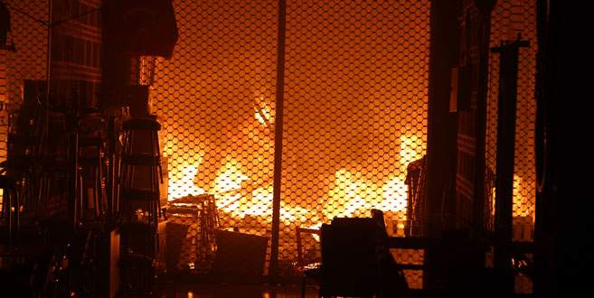 Bursa Tarihi Kapalıçarşı'da büyük yangın