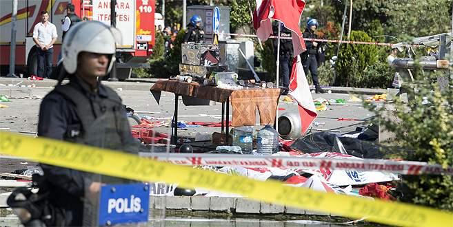 HDP'li yönetici patlamada öldü