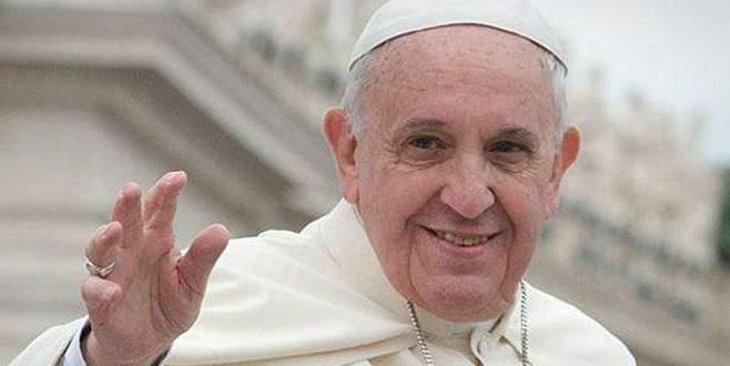 Papa'dan Ankara'daki terör kurbanlarına dua
