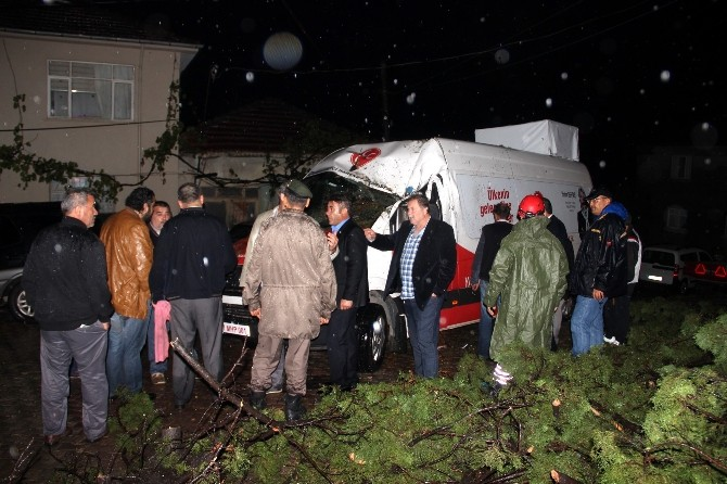 Yalova'da Milletvekili Adayları Faciadan Kurtuldu