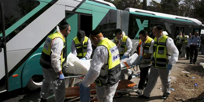 Kudüs'te saldırılar bitmiyor : 3 ölü