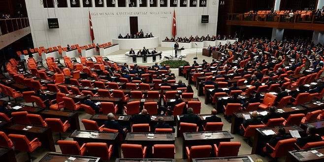 MHP'nin soruşturma önergesi iade edildi