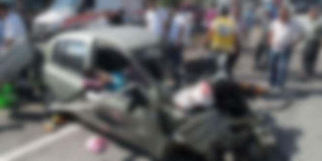 Kamyon otobüs çarpıştı: 13 ölü