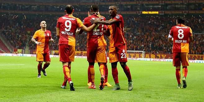 Galatasaray Gençlerbirliği'ni ikinci yarıda yıktı