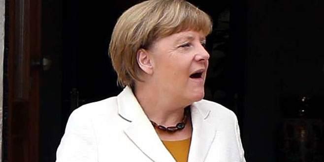 Merkel'e kötü sürpriz
