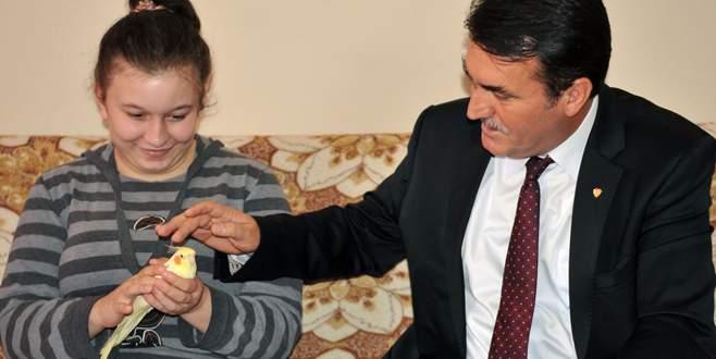 Kübra'nın tedavisini Dündar üstlendi