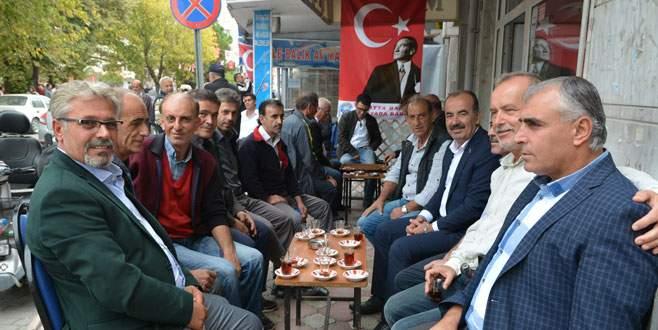 Türkyılmaz vatandaşı dinledi