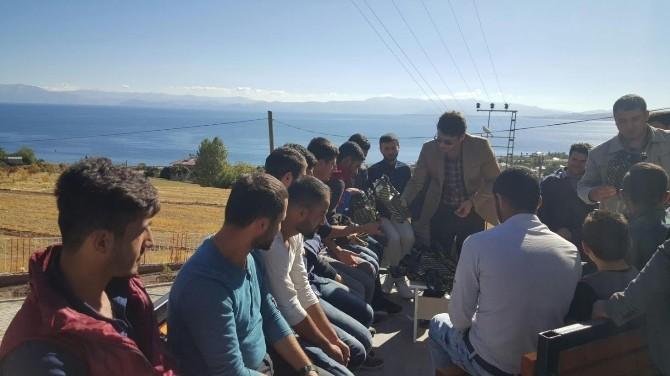 Din Görevlileri Üniversite Öğrencileri İle Bir Araya Geldi