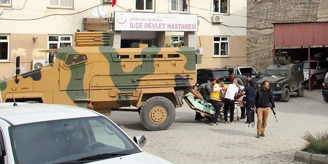 Şemdinli'de askere hain tuzak: 2 asker yaralı
