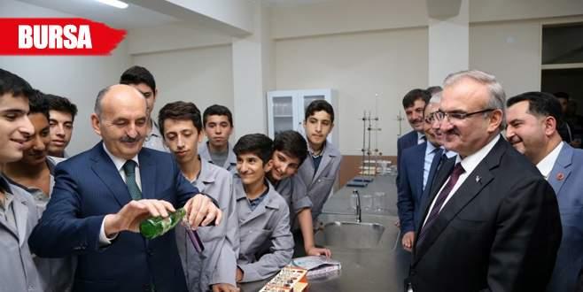 Sağlık Bakanı Müezzinoğlu okul açtı