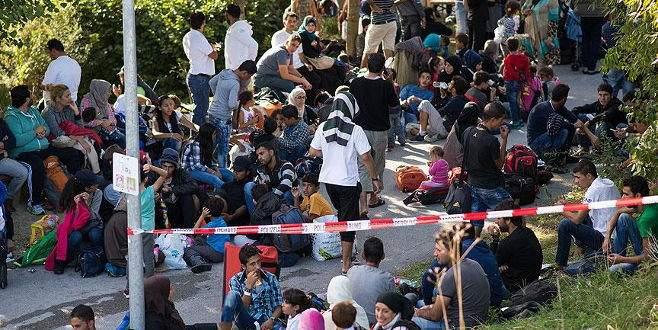 Almanların yarısı mültecileri istemiyor