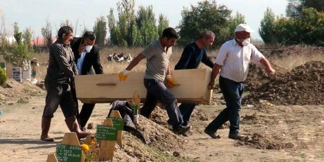 'Yeşil'e ait olduğu iddia edilen mezar açıldı