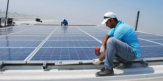 Çatısına panel kurdu, elektrik giderini azalttı