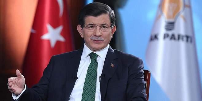 Davutoğlu Facebook üzerinden soruları cevapladı
