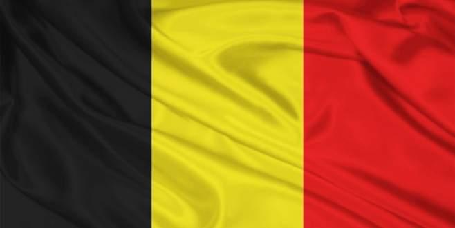Belçika'da kışlaya saldırı girişimi