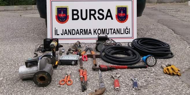 19 hırsızlık olayına karışan 2 kişi, yakalandı