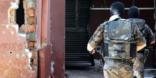 Diyarbakır'daki polisleri canlı bomba şehit etmiş