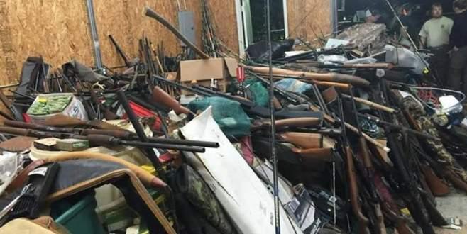 Evde 10 bin adet çalıntı silah