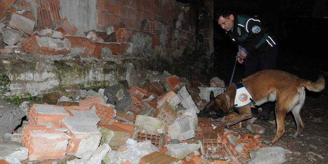 Polis, Bursa'da uyuşturucu tacirlerine göz açtırmıyor