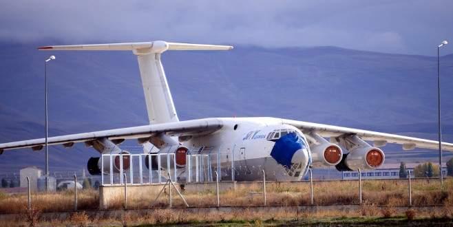 Uçağı Erzurum'da unuttular