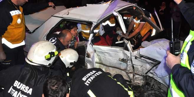 Bursa'daki feci kazada can pazarı: 1 ölü, 5 yaralı