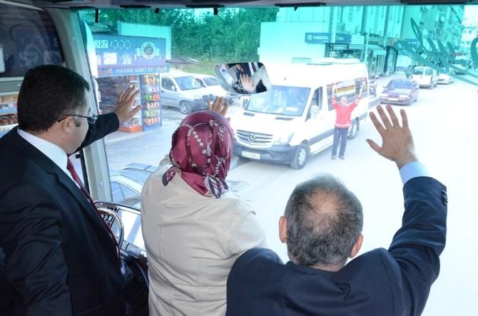 AK Parti Düzcelileri Selamladı