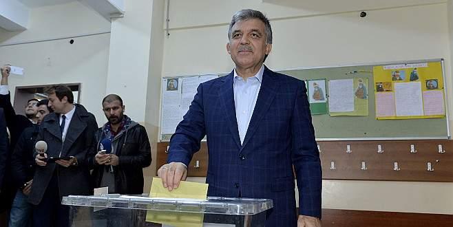 Abdullah Gül'ün oy kullandığı sandıktan hangi parti 1. çıktı?