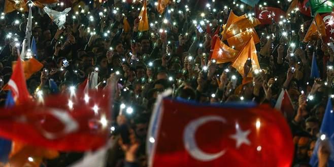AK Parti'nin zaferi dünya basınında