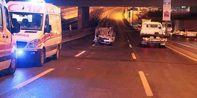 Direğe çarpan araç metrelerce sürüklendi: 1 ölü, 1 yaralı