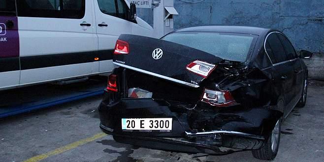 Çaldığı minibüsle savcının otomobiline çarpınca…