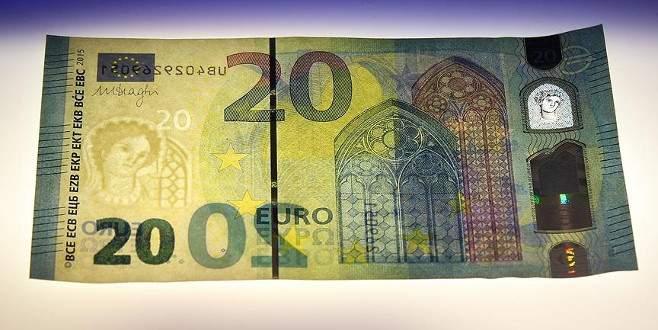 Yeni 20 Euro'luk banknot tanıtıldı