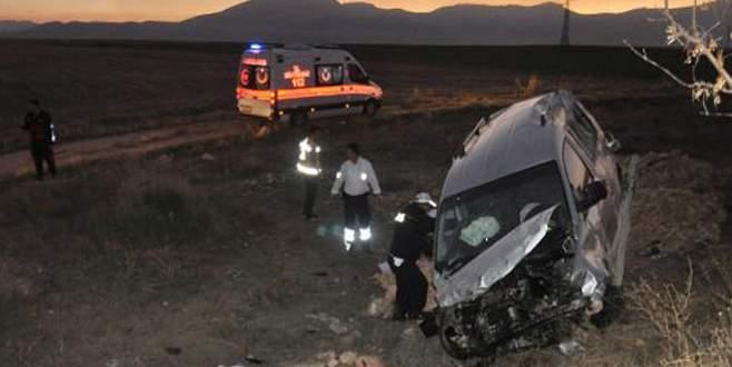 Hastane dönüşü feci kaza! 3 ölü, 2 yaralı