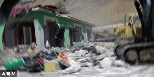 PKK'nın sözde mahkeme binası yıkıldı