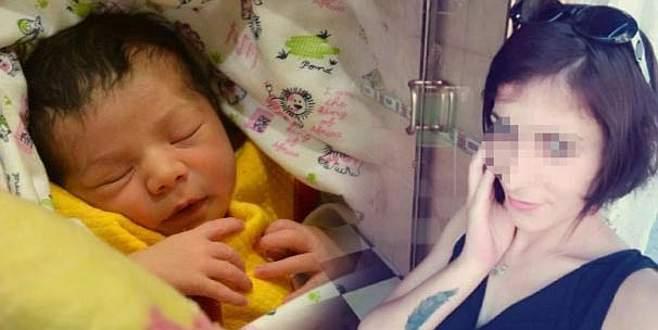 Bebeğini tuvalete bırakan anne yakalandı