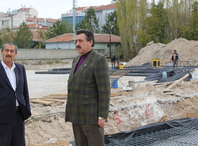 Cihanbeyli'de Gençlik Merkezi İnşaatına Başlandı
