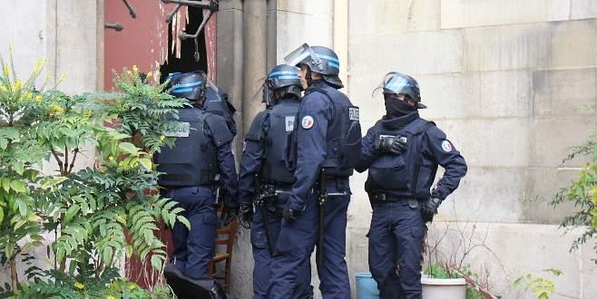 Fransa'da kiliseye terör operasyonu
