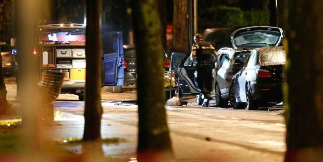 Hollanda'da şüpheli araba paniğe yol açtı
