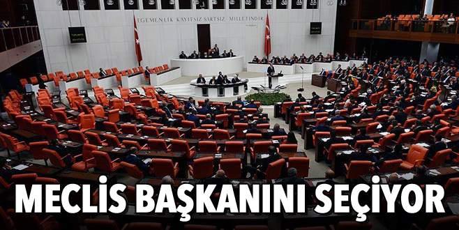 Meclis başkanını seçiyor