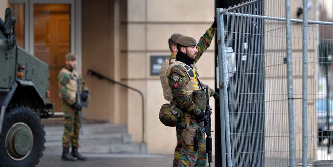 Brüksel'de terör alarmı!