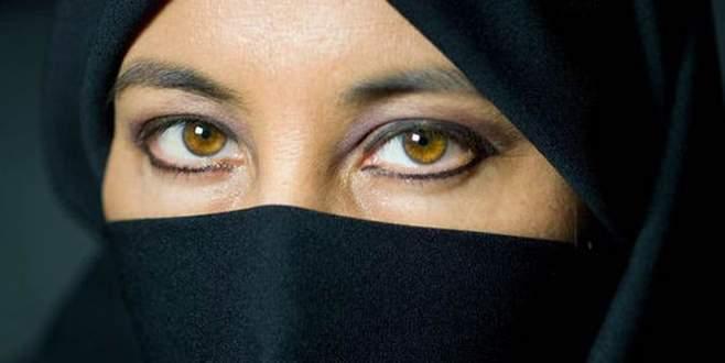 Avrupa'da peçe ve burka yasağı